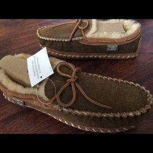 L.L. Bean Slippers (Men's) Size 10 M